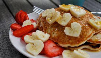 Amerikanske bananpandekager (Glutenfri)