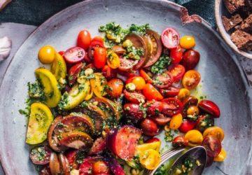 tomatsalat med estragon pesto
