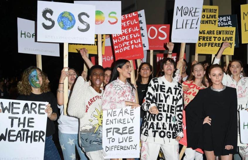 Stella McCartney om hvorfor hyppig tøjvask skader miljøet